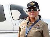珠海航展私人飞机展:两座小飞机只需60万元