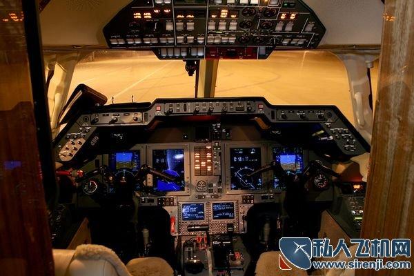 裘德道/买一架私人飞机是带来好处,还是带来麻烦?温州商会的负责人,...