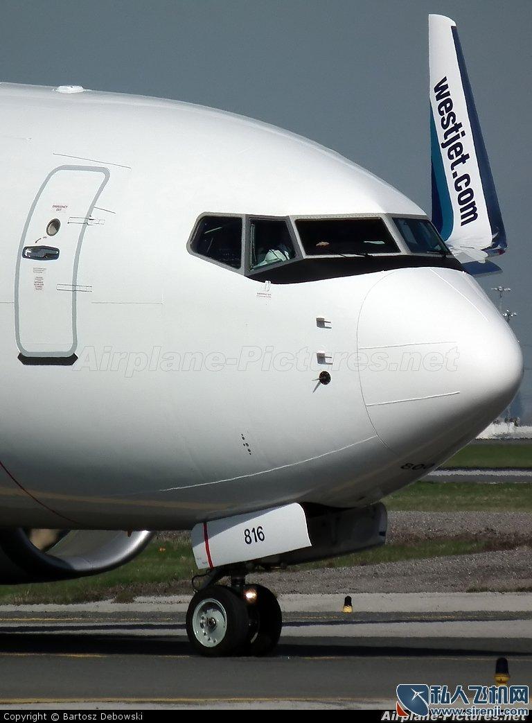 波音BBJ3机身外观_0