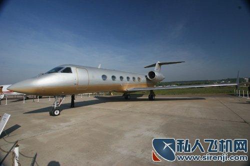 富豪玩腻跑车爱上飞机 中国私人飞机一族将崛起