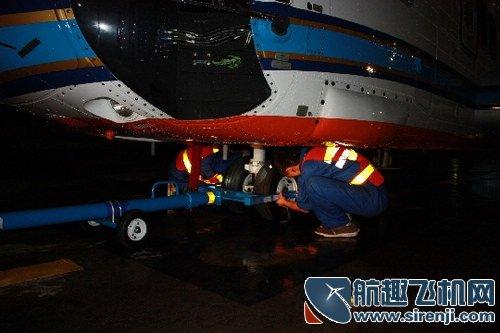 飞机左,右救生筏更换,安装ams7.