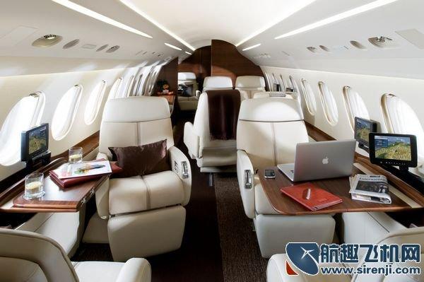 猎鹰7x可连续飞行13个小时,即使如此漫长的旅程,舒适的客舱设计也能