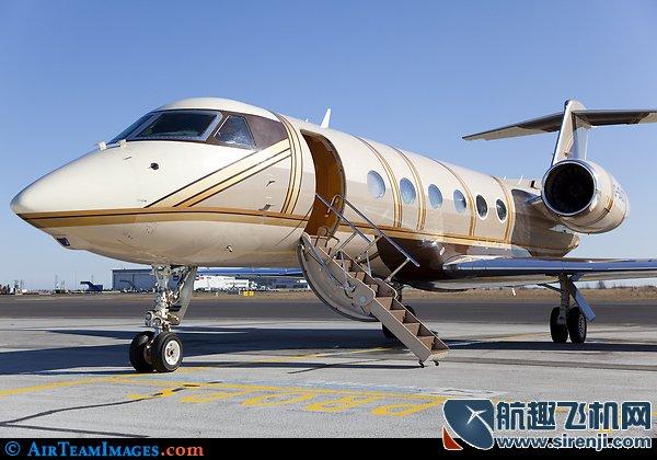 梦想亟待放飞 中国私人飞机市场何时起飞