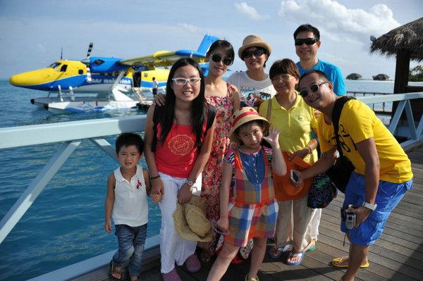 马尔代夫全家游 坐水上飞机离别时看美景