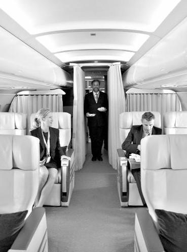 """国内富豪""""不差钱"""" 玩私人飞机享受生活"""