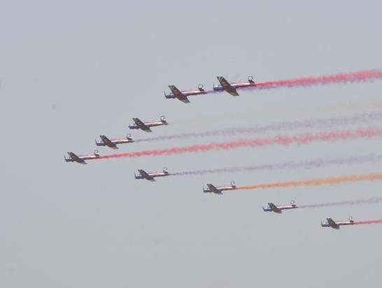 首个民间特技飞行表演队有望亮相通航大会_私人飞机网