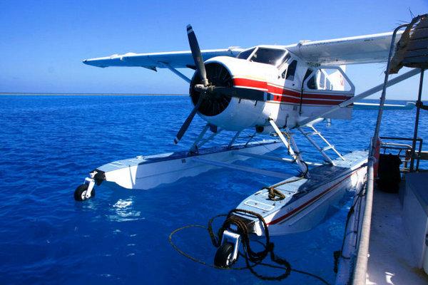 澳大利亚昆士兰之行 水上飞机游圣灵群岛_私人飞机网
