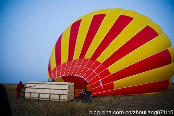 坐热气球看日出,看风景,是一种很有意思的体验.