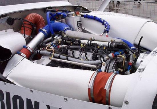 收购德国发动机公司 中航工业做大通航棋局