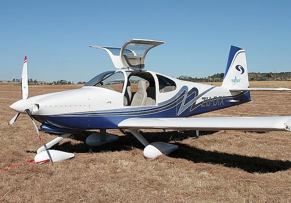 RV-10飞机展示_6