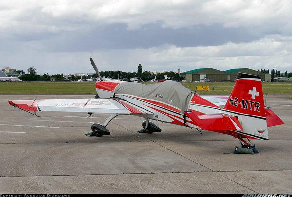Extra EA 330 SC 机身外观_8