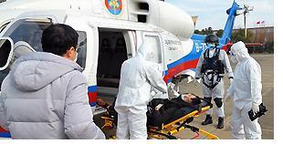 中国船员出现发烧症状 直升机紧急救助