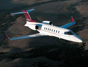 里尔40XR轻型公务机 机身为铝合金材料